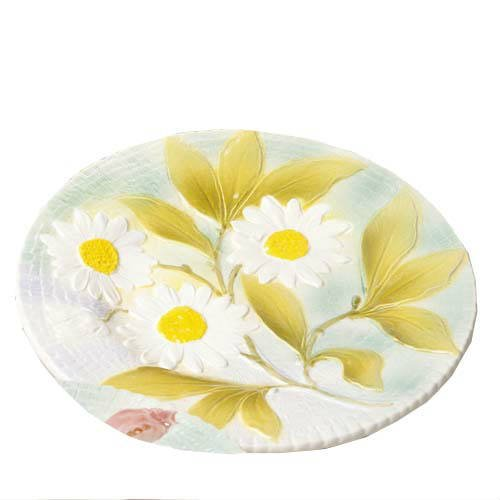assiette-marguerite-barbotine-faience