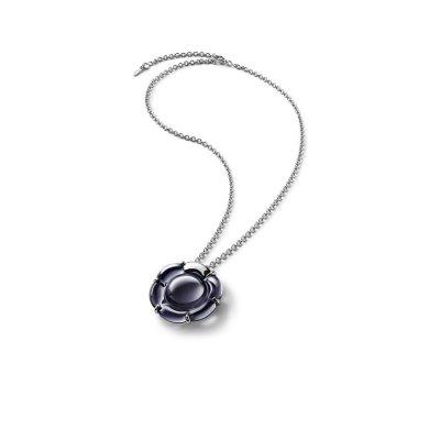 B-flower-pendant-crystal-baccarat