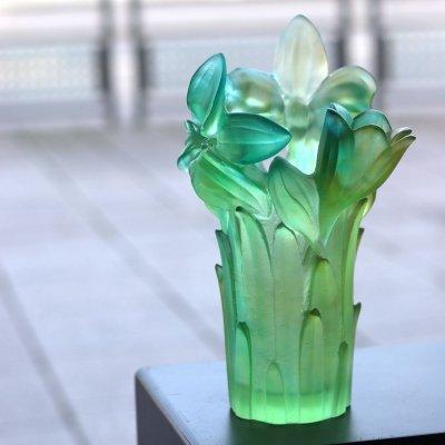 Vase-amaryllis-vert-Daum-France