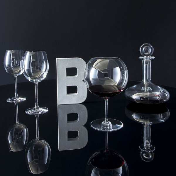 verre vin rouge romanee conti Baccarat