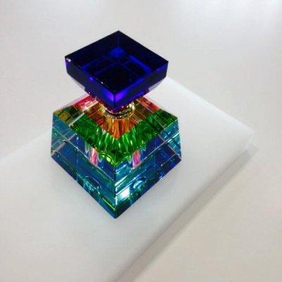 crystal-perfume-bottle-square