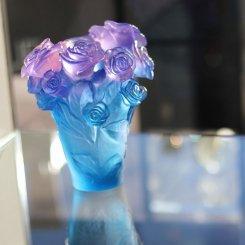 vase en pate de cristal bleu daum france