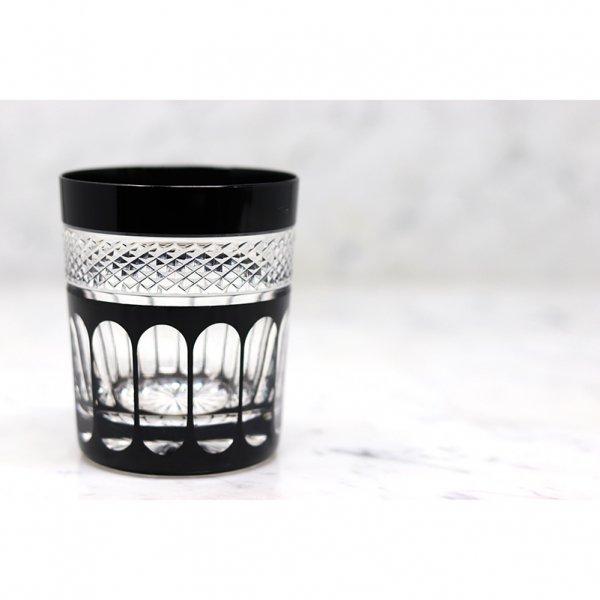 Gobelet-cristal-de-paris-noir-penombre