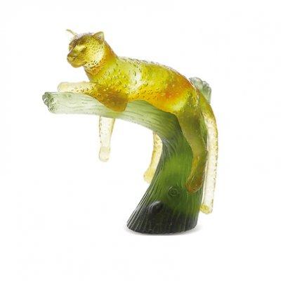 panthere+ambre+sur+arbre+vert+daum