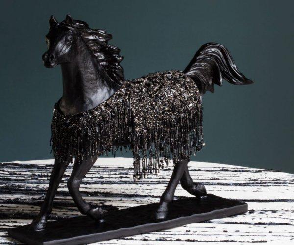 lesage interieurs cheval noir daum
