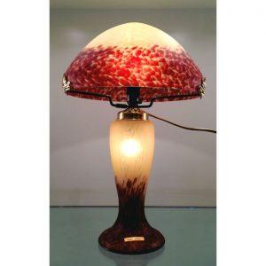 lampes cristal lampes baccarat daum lalique. Black Bedroom Furniture Sets. Home Design Ideas