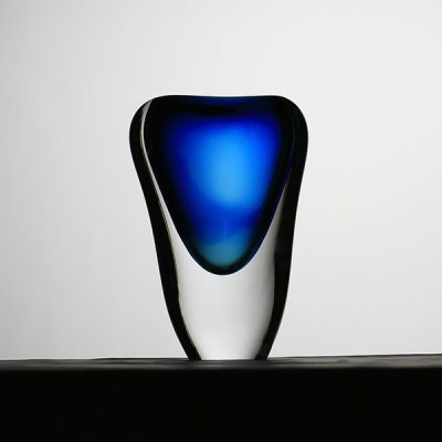 Vase-cristal-bleu