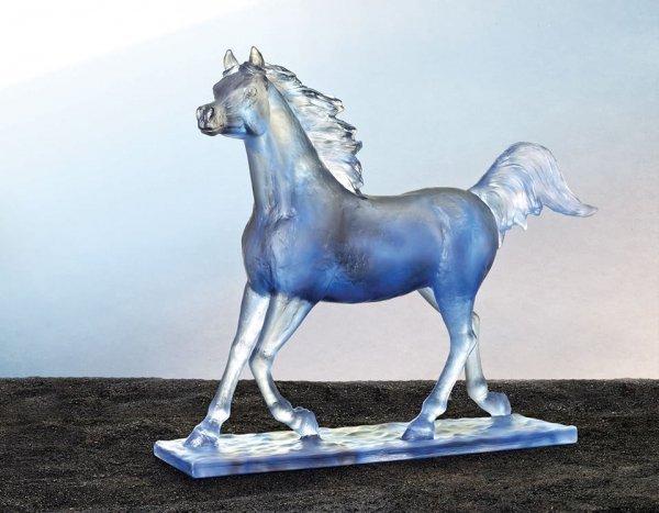 Cheval-bleu-majestueux-Daum