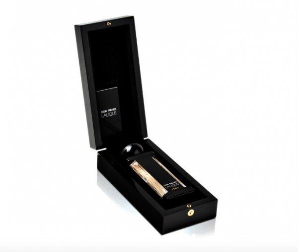 Parfum-Lalique-noir-elegance-animale-2