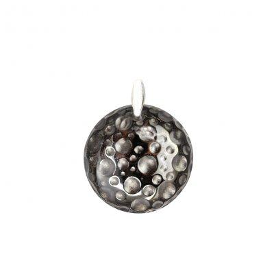 Pendentif-eclispe-lune-gris-cristal-Baccarat