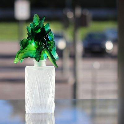 flacon de parfum envol de papillon Daum France