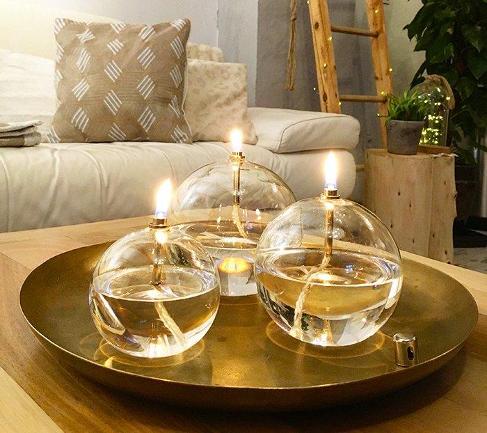 bulle de verre lampe a huile design de maison design de maison. Black Bedroom Furniture Sets. Home Design Ideas