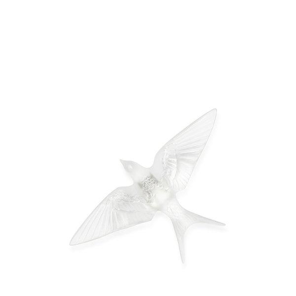 Sculpture-murale-hirondelle-ailes-baissees-Lalique