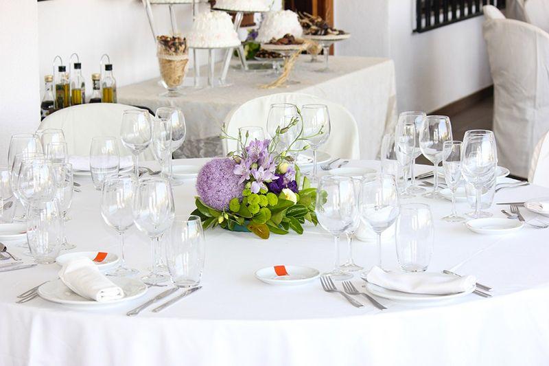 Comment dresser une table le guide 2018 vessiere - Comment disposer les tables pour un mariage ...