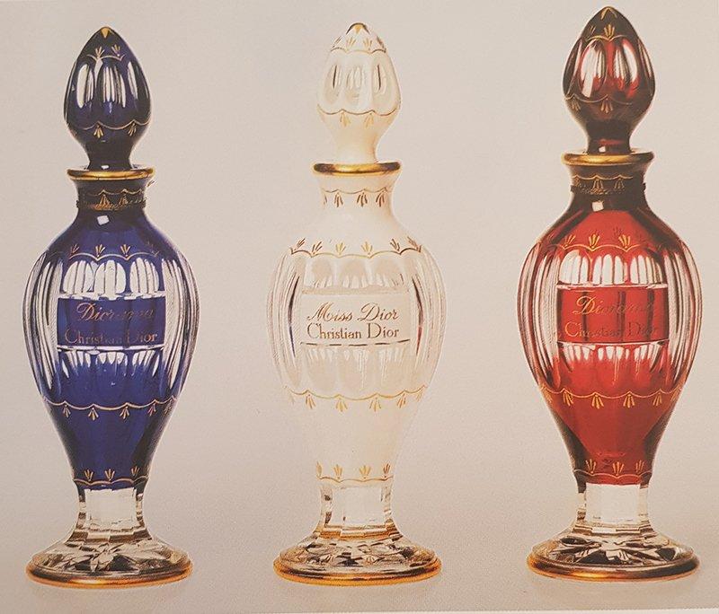 Flacon-amphores-tricolores-Baccarat
