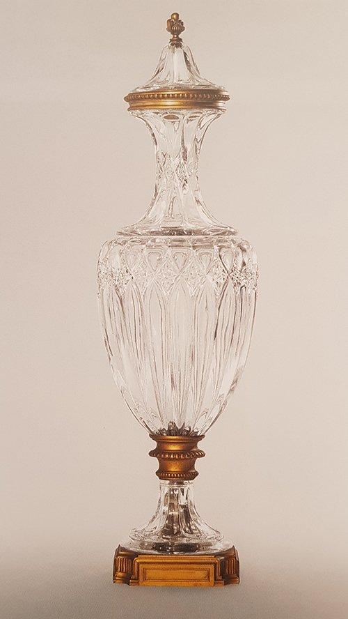 Vase amphore couvert Baccarat