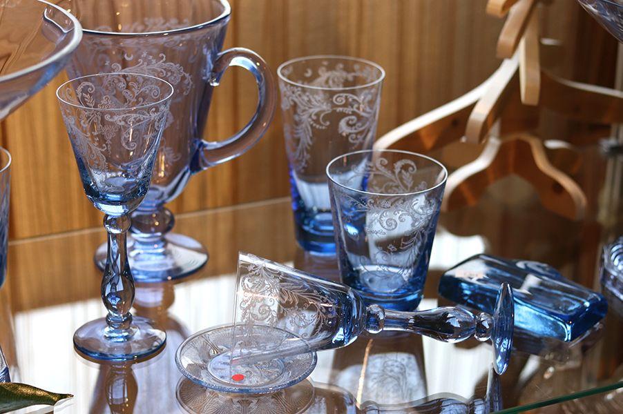 verre-cristal-bleu-portieux