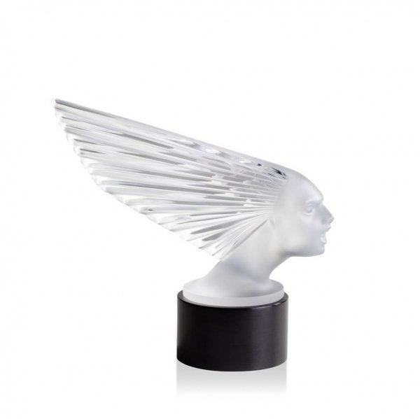 sculpture-mascoette-victoire-Lalique