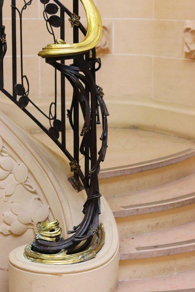 rampe-escalier-majorelle-monnaie-pape