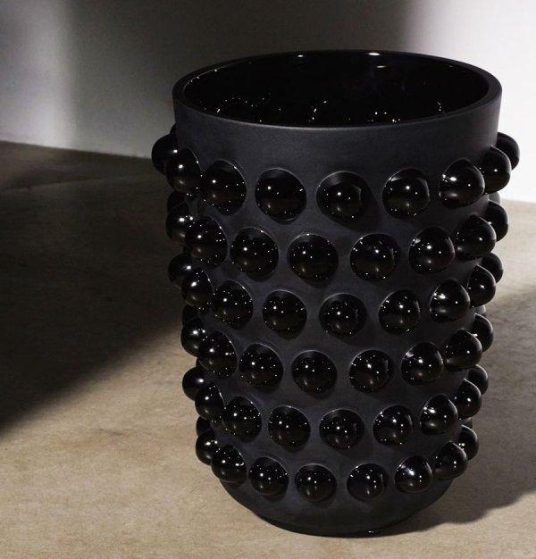 vase-mossi-cristal-noir-lalique